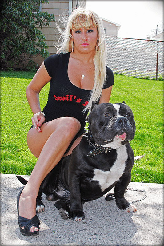 devils-den-bullies-chicks-with-pits-053